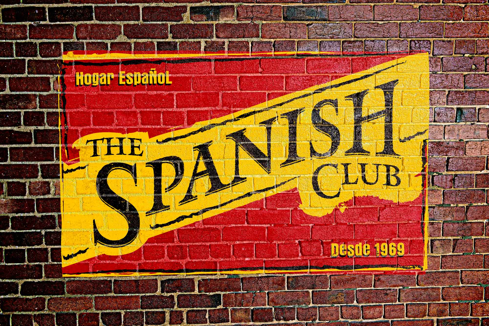 the-spanish-club-wall